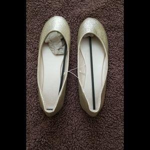Shoes - Gold Glitter Flats